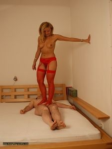 Sensual nylon trampling on the bed